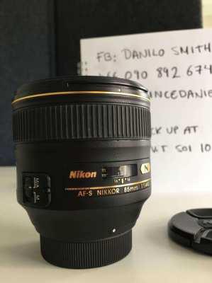 Nikon Nikkor 85mm F/1.4 G AF-S Autofocus Lens PERFECT!!!!!