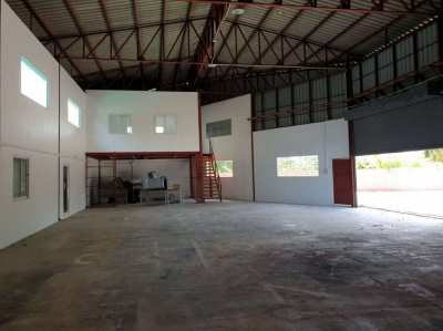 Warehouse for sale or rent in the up coming area of bangsaray