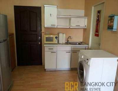 Royal Park 3 Ari – Paholyothin Condo Spacious 2 Bedroom Unit for Sale