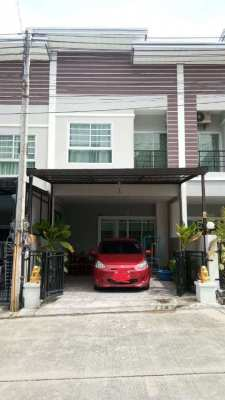 Townhome for sale East Pattaya, 3 bedrooms, near Motorway 7, highways.