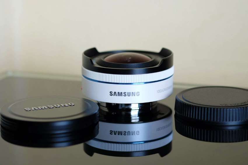 Samsung NX 10mm Fish Eye Camera Lens (White)