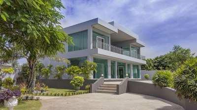 Super priced, impressive 5 bedroom villa, Mabprachan lake, Pattaya