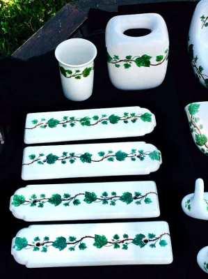 "French Porcelain Ceramic Bathroom Set, Stamped ""Porcelaine de Paris"