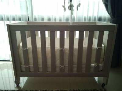 NATURAL WOOD Baby Cot ! Price reduced from 6000 thb