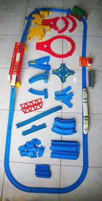 Used Takara Tomy train set