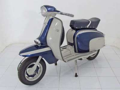 Quality Fully restored classic Vespa and Lambretta scooters for sale