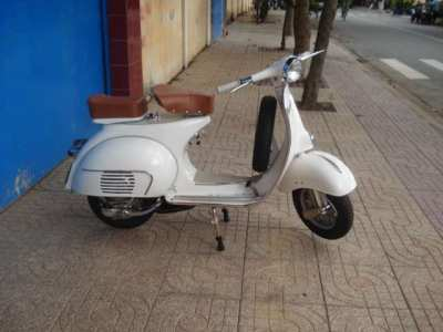 Buy original Lambretta and Vespa scooters fully restored