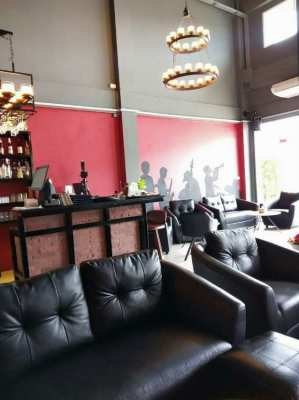 Fully Equipped Restaurant/Bar for Sale in Sattahip/Bang Saray