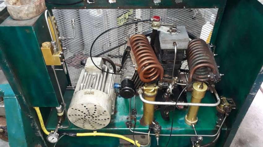 L&W 450 compressor for sale