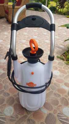 12 L pressure sprayer
