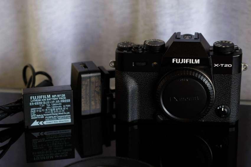 New Fujifilm Fuji X-T20 24.3MP 4K Video Camera Black Body