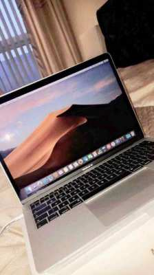 MacBook Air 2018 (Latest Model) Nearly New