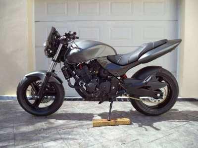 Very Special Honda Hornet CB250F