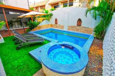 Villa downtown Pattaya with finance