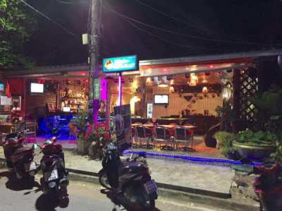 Bar For Sale Lamai Koh Samui with bedroom and shower