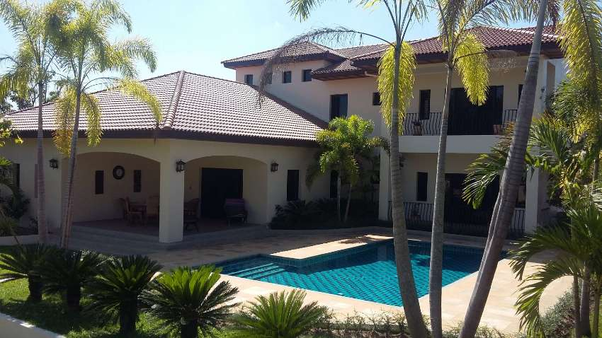 Quality house and guest house lakeside price reduced to sell