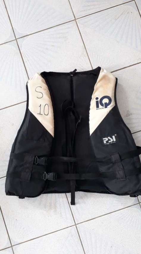 Used Life jackets for sale