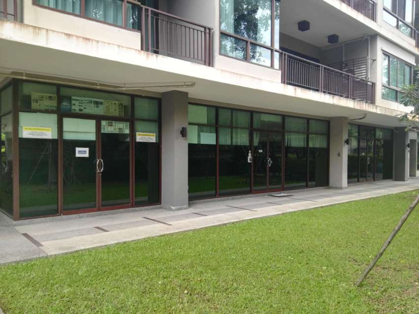 Ground floor Commercial Rental Property at Popular Condo