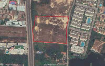 Perfect land for a development