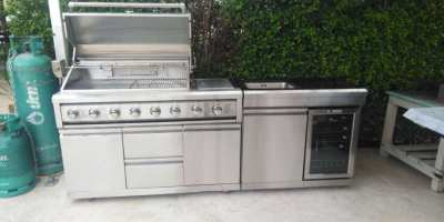 New gas stainless Steel BBQ 's