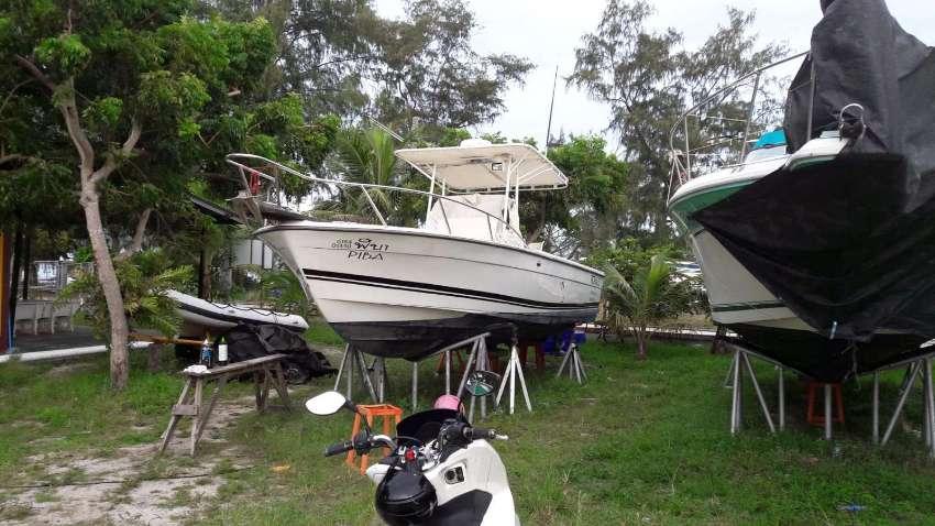 Robalo 260  American Sport Fishing Boat
