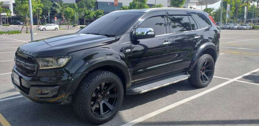 Last Price!!  2016 4x4 Ford Everest Titanium + with many extras