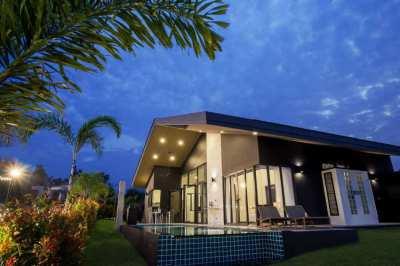 Hua Hin Tranquil Lake Front Private Pool Villa