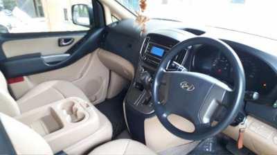 Hyundai H1 Touring 2017 AT 2.5 Diesel