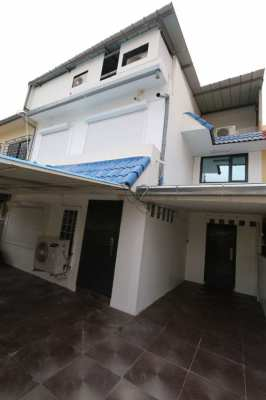 HOUSE for RENT - In city center - 5 bed rooms
