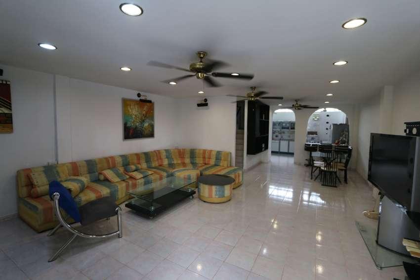 HOUSE 5 bedrooms =14,000 baht, Pattaya Tai