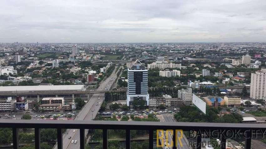 C Ekkamai Luxury Condo High Floor 1 Bedroom Flat for Rent