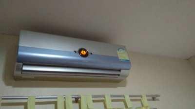 Airconditioner 12000 btu good working