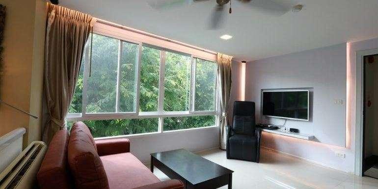 Price reduced - Spacious 1 bed condo - Great location