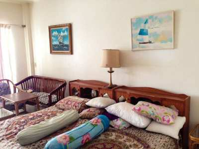 Affordable studio for sale in Baan Suan Lalana Condominium