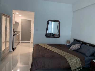 FOR RENT Beachfront Comfortable Quality Condo.
