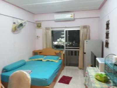 Nirun studio condo for rent-Pattaya-5,300 baht with Free Cable TV