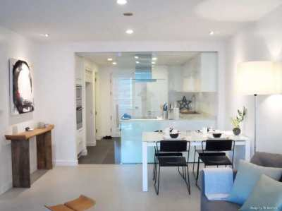 Asoke Bright & Modern 1 Bedroom 2 Bath Condo For Sale