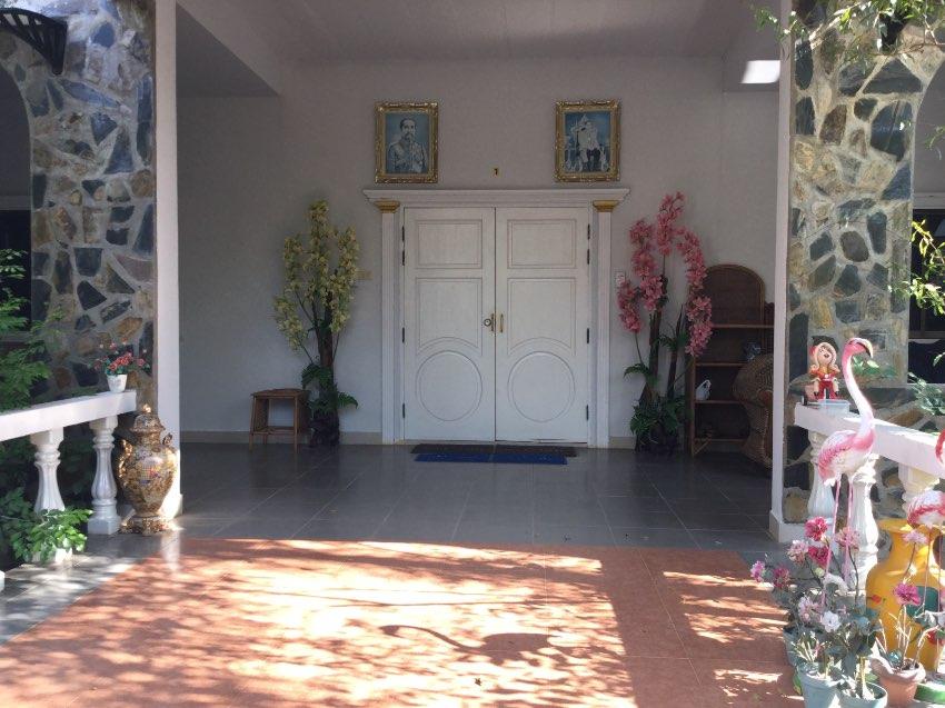 Resort/ Hotel kanchanburi soi yok
