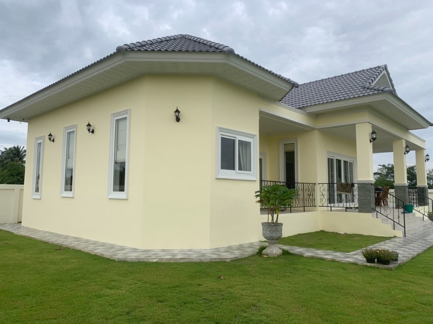 House for sale in top location
