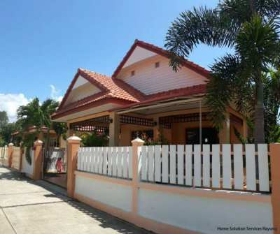 3 bedroom house in central Ban Phe, Rayong