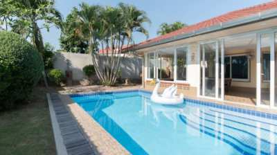Poolhouse for Investor with 7% interest