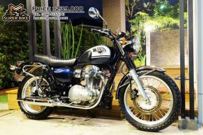 Kawasaki W800 2017 immaculate condition! Excellent price!