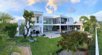 4 bedroom luxury villa for sale