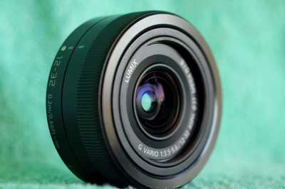 เลนส์ Panasonic Lumix G 12-32mm lens