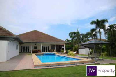 IMMACULATE & WELL PRICED 5 bedroom pool villa on 1395sqm plot