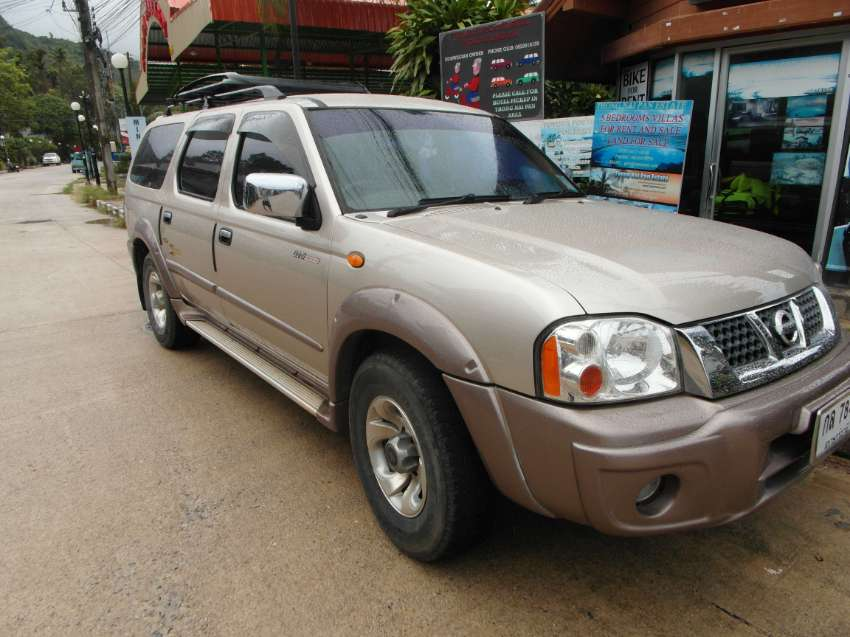 NISSAN SUPER XCITER 7 SEAT SUV. LOW KM. OFFERS WANTED