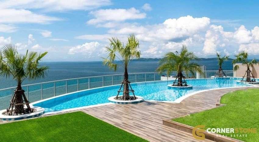 #CS1211 Sea View Beachfront 1 Bedroom in Pratumnak For Sale