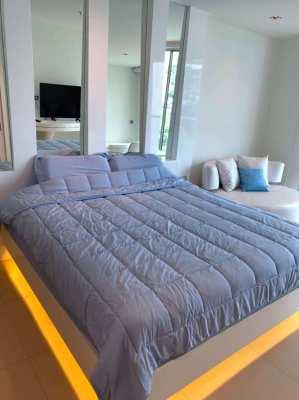 Luxury brand new condominium for rent.