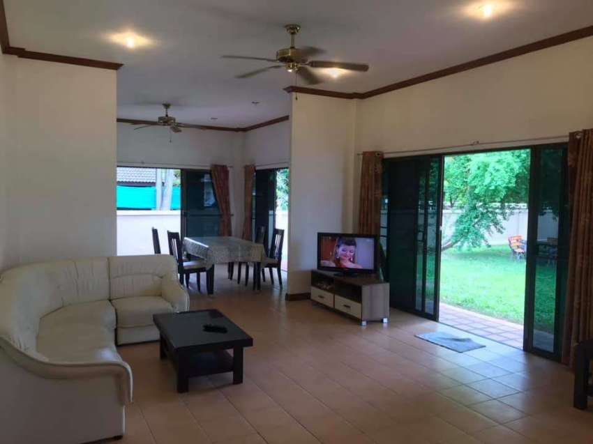 Spacious Villa in the center of Rawai For Sale