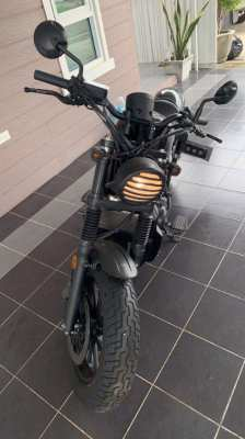 Honda Rebel 500 cc 2018 1780 km only!!!!